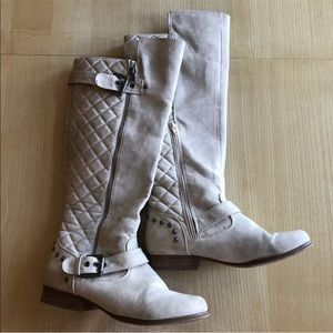 Cream Tall Womens Boots Size 6.5 With Quilted Back